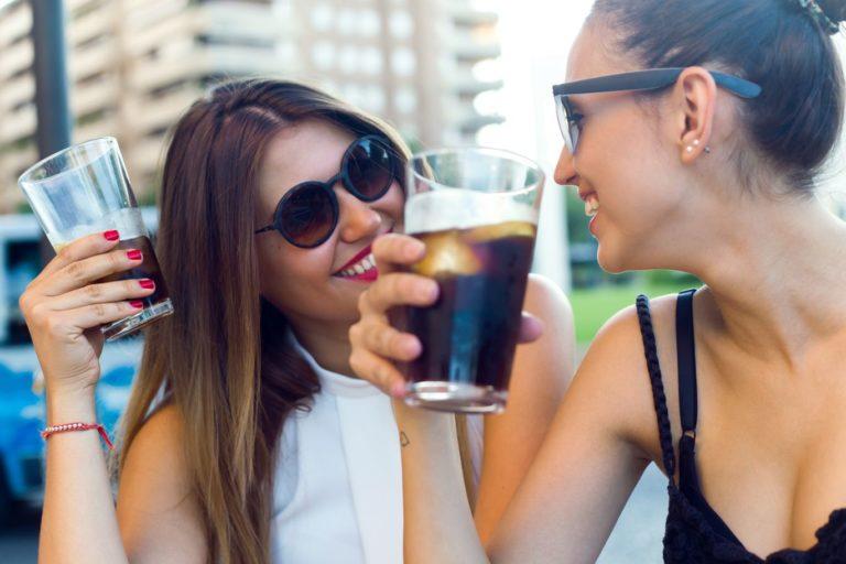 Czy napoje bez cukru powodują tycie